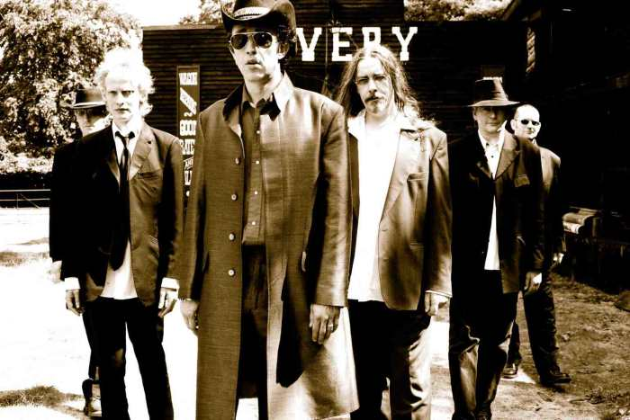 ALABAMA 3, Outlaw (One Little Indian / Goodfellas, 2005)