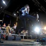 """[Video] Pulp, """"Common People"""" (live Glastonbury 2011)"""