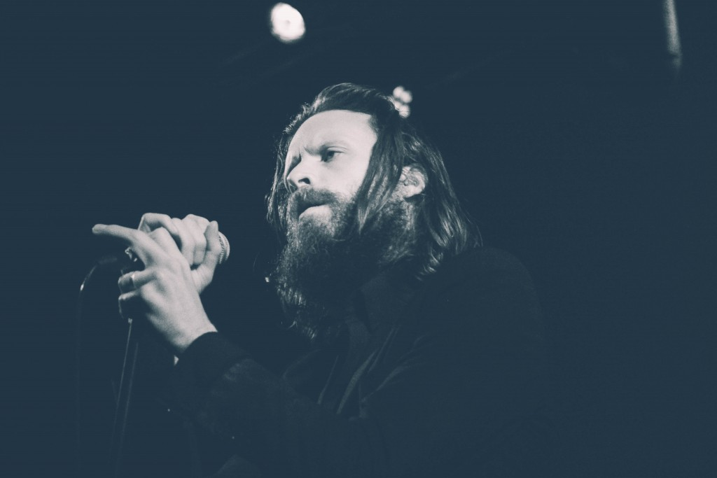 Father-John-Misty-Locomotiv-1