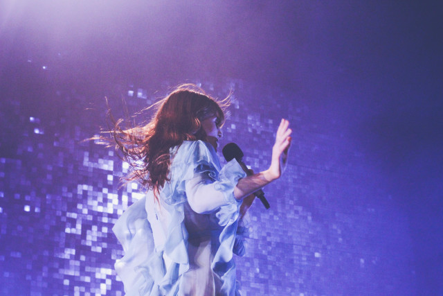Florence-The-Machine-Bologna14