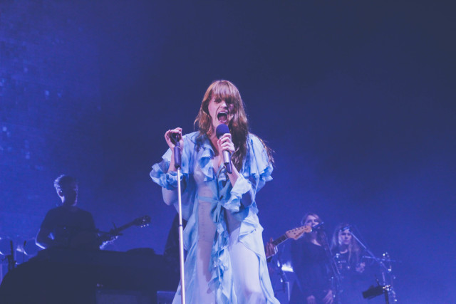 Florence-The-Machine-Bologna15