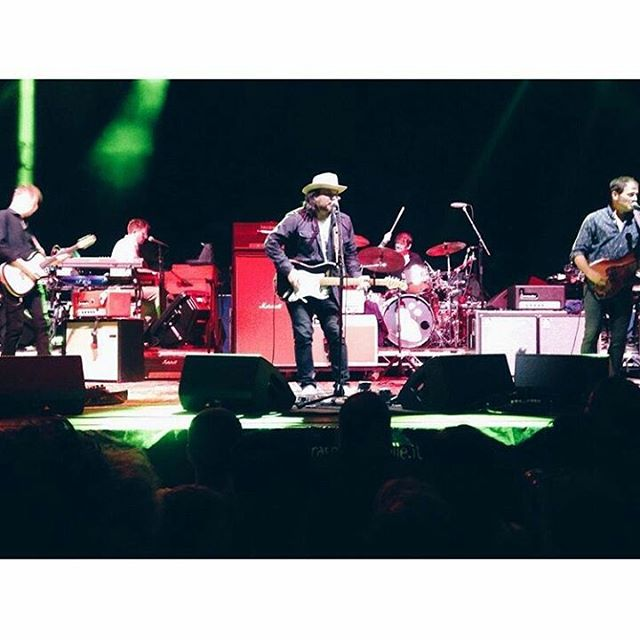 Wilco played last night in Ferrara  pic by @pollypollyp #FerraraSottoLeStelle