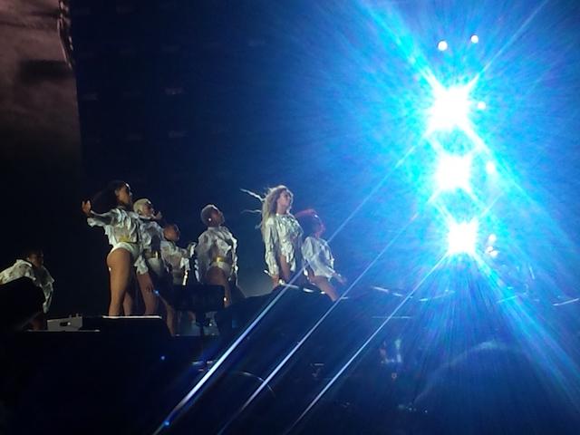 Beyoncé-Milano-2016-6