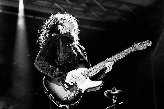 Anna Calvi live at Arti Vive festival