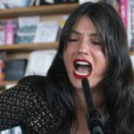 Sharon Van Etten, NPR Music Tiny Desk Concert. Il video